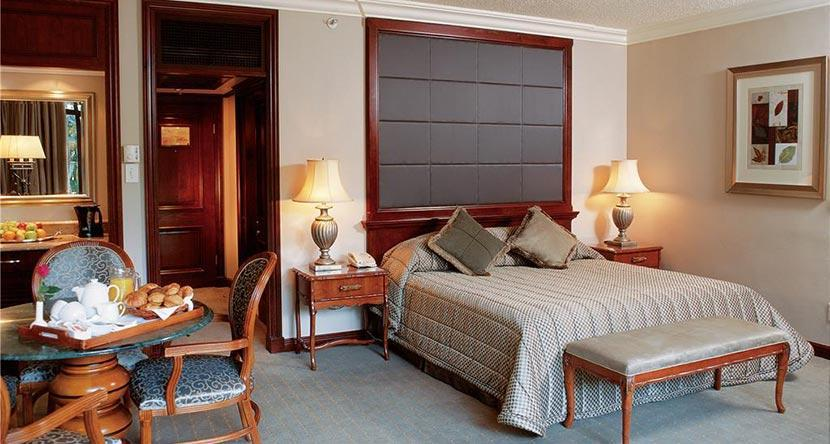 cascades-superior-luxury-bedroom2.jpg