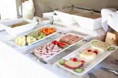 Mziki_food-1.jpg