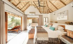 pilanesberg-game-reserve-Tambuti-Private-Lodge-0011.jpg